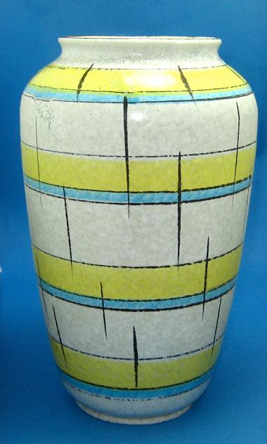 Bay Keramik vase shape 575