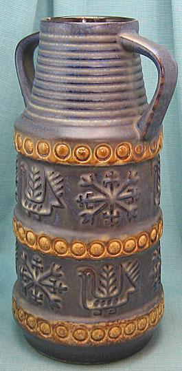 Bay Keramik vase shape 64, West German pottery