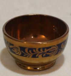 Copper luster pottery bowl, cobalt decoration