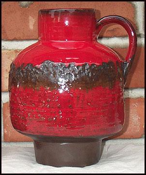 Pedestal Vase Attributed to Heyne, base photo