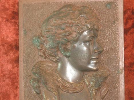 Bronze plaque with Ellen Terry, detail